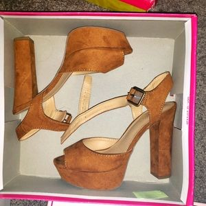Chestnut Brown Candy Heel Sandels